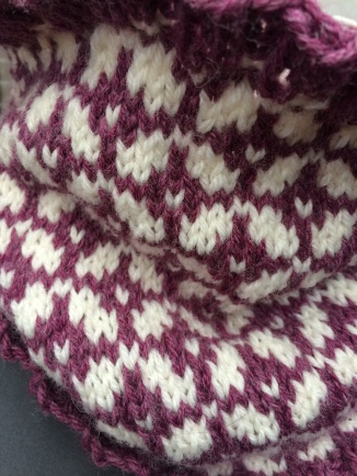 Colorwork cowls