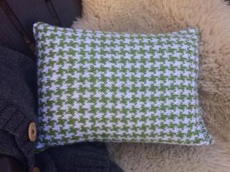 Sparkle Patterned Knit Pillow